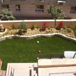 דשא סינטטי איכותי שמחזיק לשנים